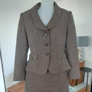 Tahari ASL Tweed Skirt Suit 2p Brown 2 Petite